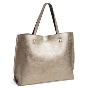 Street Level Reversible Tote w/Wristlet